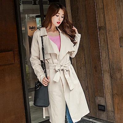高含棉附綁帶翻領開襟素色長版風衣外套-OB大尺碼