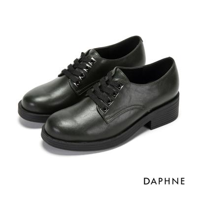 達芙妮DAPHNE 休閒鞋-方形飾孔繫帶粗跟休閒鞋-橄欖綠