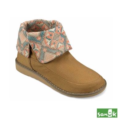 SANUK 反摺內印花中筒靴-女款(咖啡色)