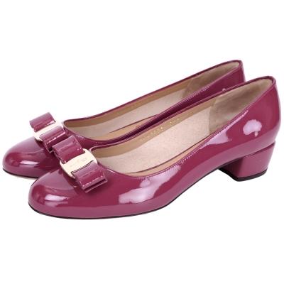 Salvatore Ferragamo VARA 漆皮蝴蝶結低跟鞋(桃紫色)