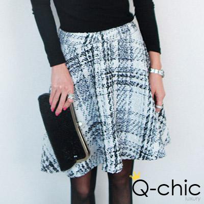 奢華金蔥繡線格紋短裙 (共二色)-Q-chic