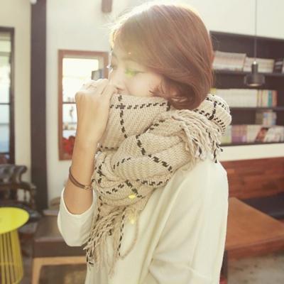 梨花HaNA 韓國男女款編織格子保暖流蘇圍巾披肩