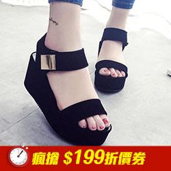 絨面金屬片裝飾厚底鞋涼鞋