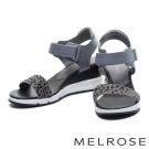 涼鞋 MELROSE 異材質拼接一字造型楔型休閒涼鞋-豹紋灰