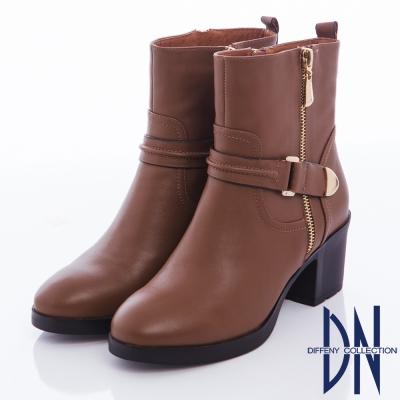 DN 率性俐落 硬挺牛皮造型拉鍊粗跟靴-咖