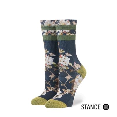 STANCE BLOSSOM WALL-女襪-運動休閒襪--復古條紋花卉設計