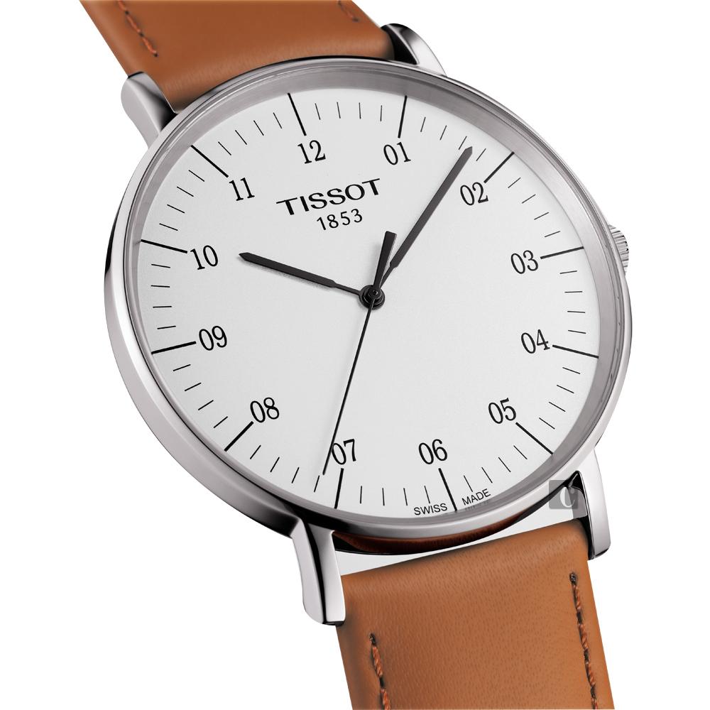 TISSOT 天梭 Everytime 經典雋永腕錶-銀x咖啡色錶帶/42mm