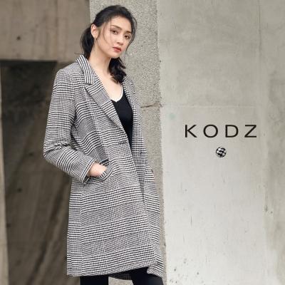 東京著衣-KODZ 英倫復古格紋設計大衣外套-S.M.L(共一色)
