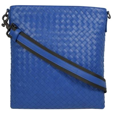 BOTTEGA VENETA 經典手工編織小羊皮中性斜背扁包.寶藍