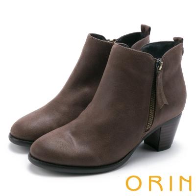 ORIN 簡約時髦 雙色感素面粗跟短靴-咖啡