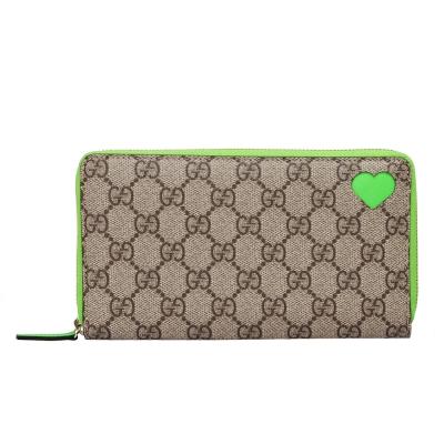 GUCCI 經典雙G圖紋X簍空愛心PVC防水皮革拉鍊折疊長夾(螢光綠)