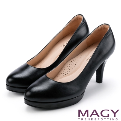 MAGY 氣質魅力款 柔軟羊皮素面氣質圓楦高跟鞋-黑色