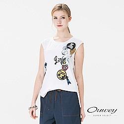 OUWEY歐薇 率性俏皮印花縫片上衣(白)