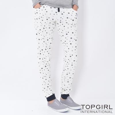 TOP-GIRL-滿版星星印花休閒褲-米白色
