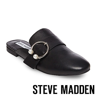 STEVE MADDEN-HILARY 珍珠C字扣真皮低跟穆勒鞋-黑色