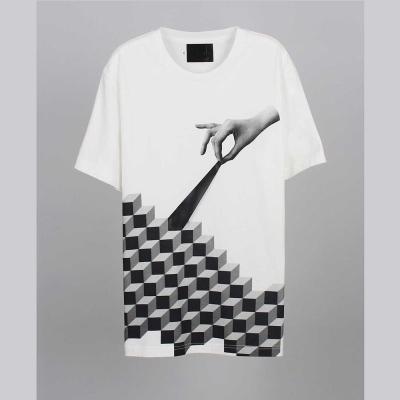 摩達客-韓國進口EXO合作設計品牌DBSW Cube Leak立方體白色純棉短袖T恤
