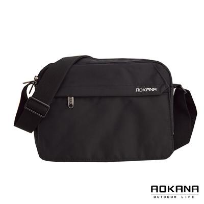 AOKANA奧卡納 MIT台灣製造輕量防潑水多隔層旅行商務側背包 (典雅黑) 02 - 012