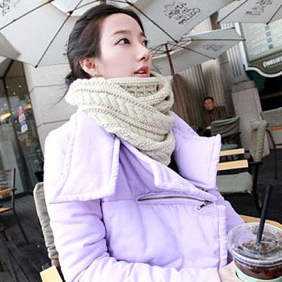 Aimee-Toff-純色麻花編織柔軟針織圍巾-米