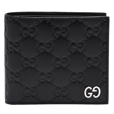GUCCI 經典Signature系列GG壓紋銀色金屬LOGO牛皮折疊短夾(黑-8卡)