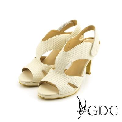 GDC-都會性感三角壓紋魔鬼沾真皮高跟羅馬涼鞋-杏色
