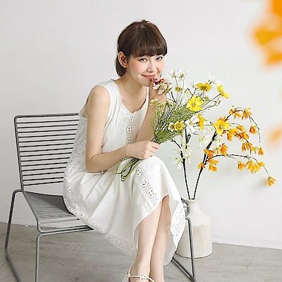 高含棉蕾絲雕花腰抽繩純白洋裝-OB大尺碼