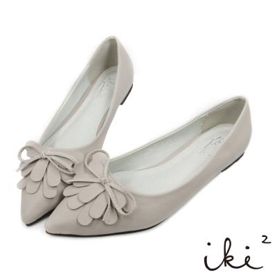 iki2-經典OL花瓣尖頭平底鞋-灰