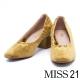 跟鞋 MISS 21 復古絨布金色飾片點綴綁帶粗跟鞋-綠 product thumbnail 1