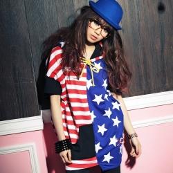 古著 美式紅條配色拼接藍色星星連帽長版上衣