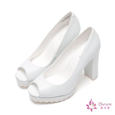 達芙妮DAPHNE 俏麗芭比鋸齒鞋底魚口粗跟鞋-純潔白