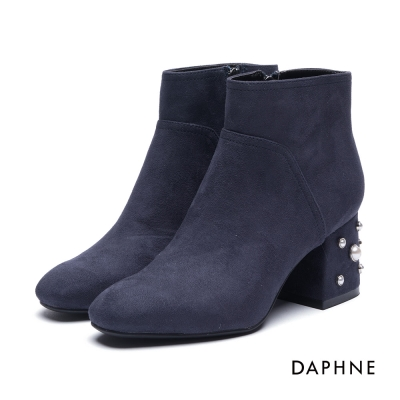 達芙妮DAPHNE 短靴-珍珠拼接絨布粗跟踝靴-深藍