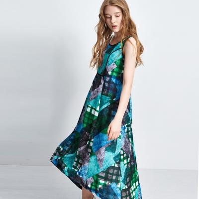 Chaber巧帛 線條格紋幾何印花背心長版洋裝