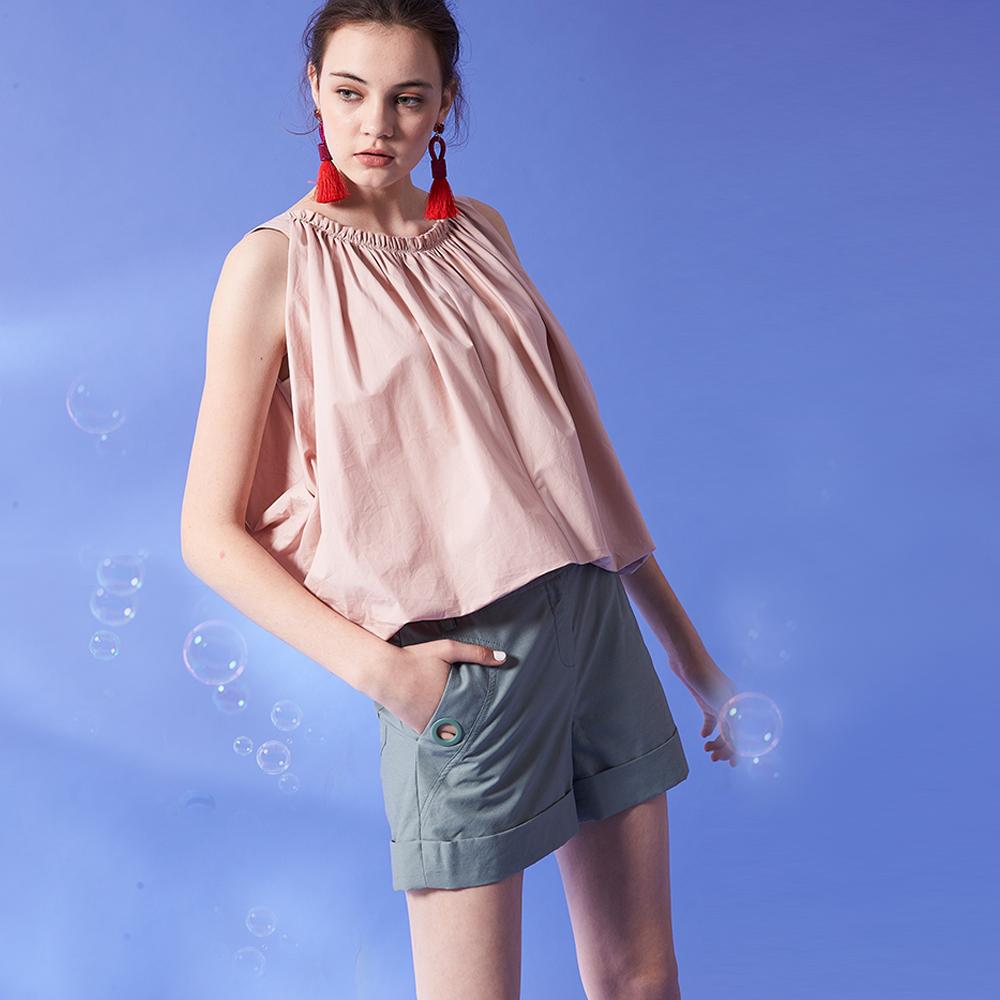 ICHE 衣哲 簡約精緻高磅棉麻挺版鉛筆造型短褲-綠