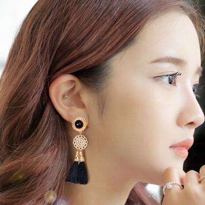 梨花HaNA-無耳洞韓國華麗民族雕花黑流蘇耳環夾式輕不痛
