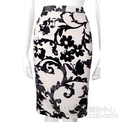 MOSCHINO 黑白印花條紋設計及膝裙