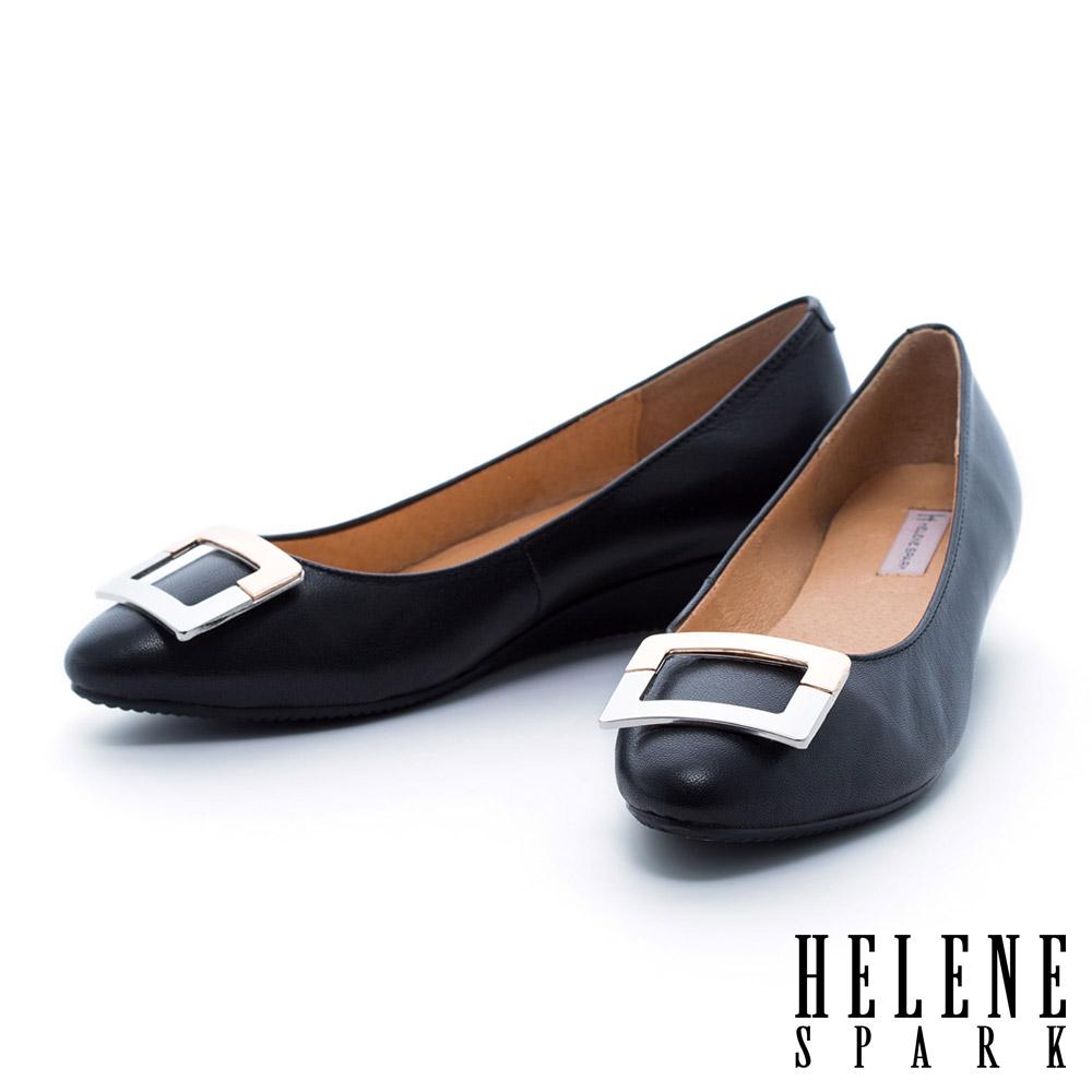 HELENE SPARK 雙色金屬方釦羊皮楔型低跟鞋-黑