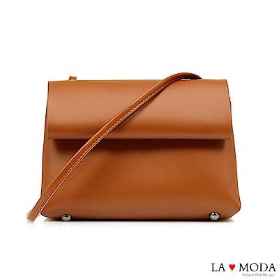 La Moda 質感女孩~經典百搭磁釦式細帶肩背斜背包(棕)