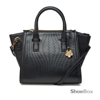 鞋櫃ShoeBox-女包-手提包-編織壓紋小花吊飾蝙蝠包-黑
