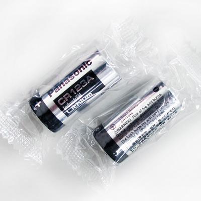 Panasonic 國際牌 CR 123 A 一次性鋰電池( 2 顆入-無吊卡密封包裝)