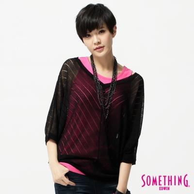 SOMETHING女寬版V領線衫