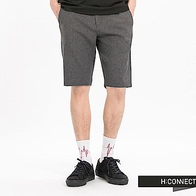 H:CONNECT 韓國品牌 男裝-及膝彈力西裝短褲-深灰
