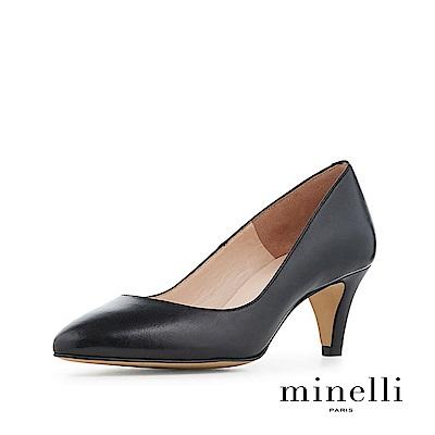 Minelli--巴西製造 全真皮經典優雅低跟鞋-質感黑
