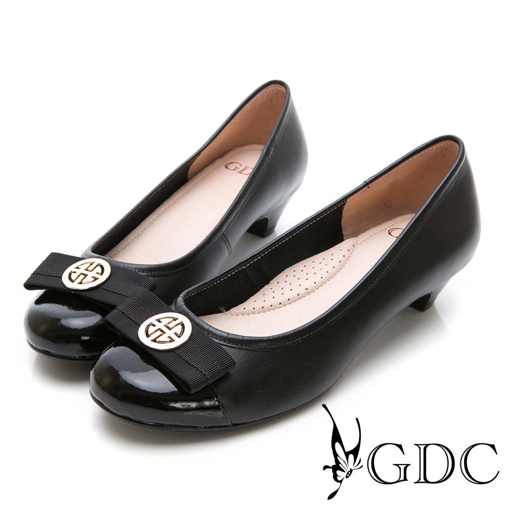 GDC-經典配色歐美舒適低跟包鞋-黑色
