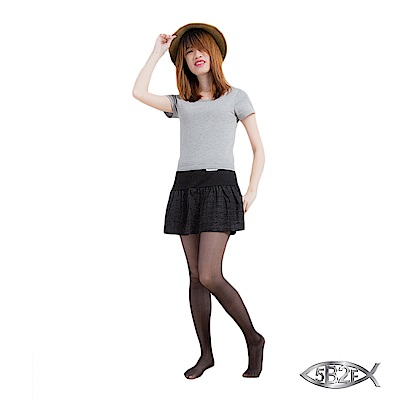 5B2F 五餅二魚 星光裙襬短褲