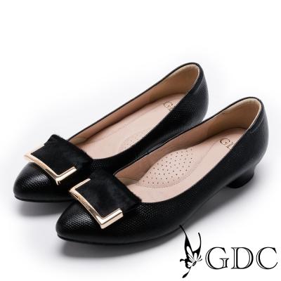 GDC-俐落質感馬毛框扣尖頭低跟鞋-黑色
