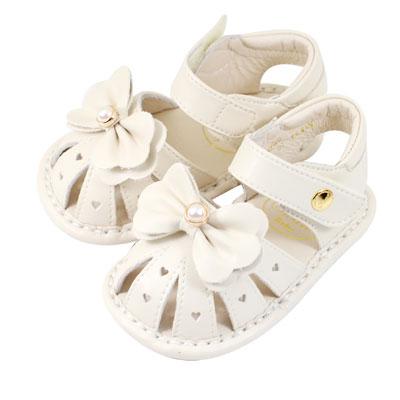 Swan天鵝童鞋-愛心洞洞珍珠蝴蝶結寶寶涼鞋1542-米