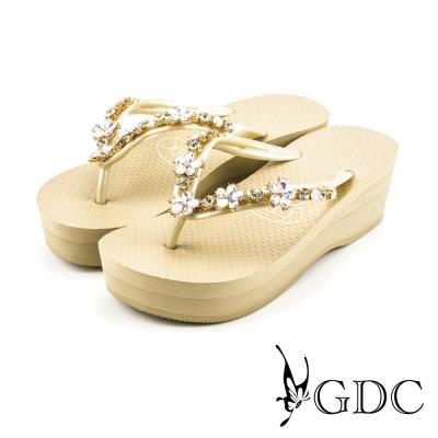 GDC-可愛小花水鑽楔型厚底夾腳人字拖鞋-米色