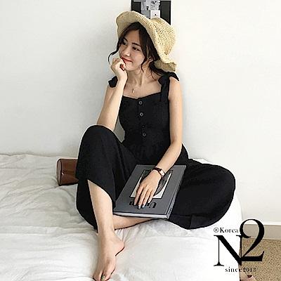 吊帶褲 排釦造型蝴蝶綁帶連身吊帶褲(黑) N2