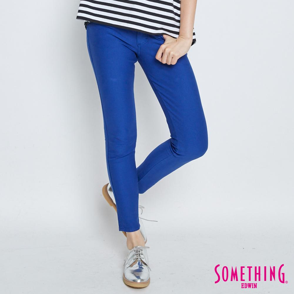 SOMETHING 誘人自信 LADIVA提臀窄直筒褲-女-灰藍色
