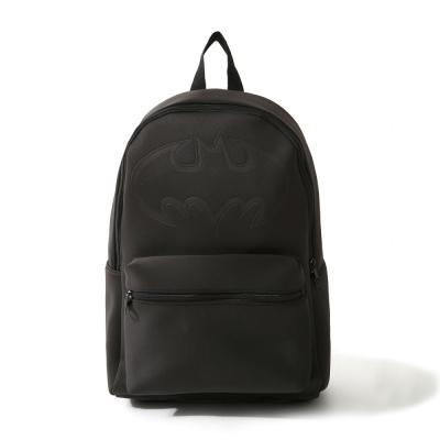 蝙蝠壓紋背包-CACO