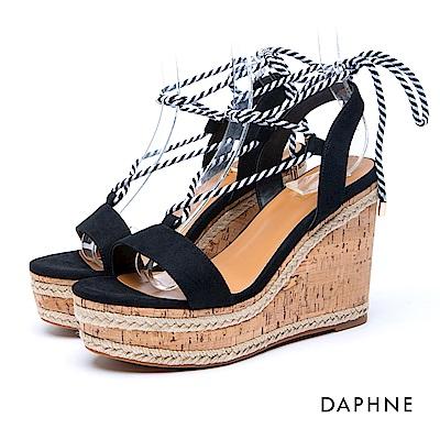 達芙妮DAPHNE 涼鞋-一字綁帶草編楔型涼鞋-黑